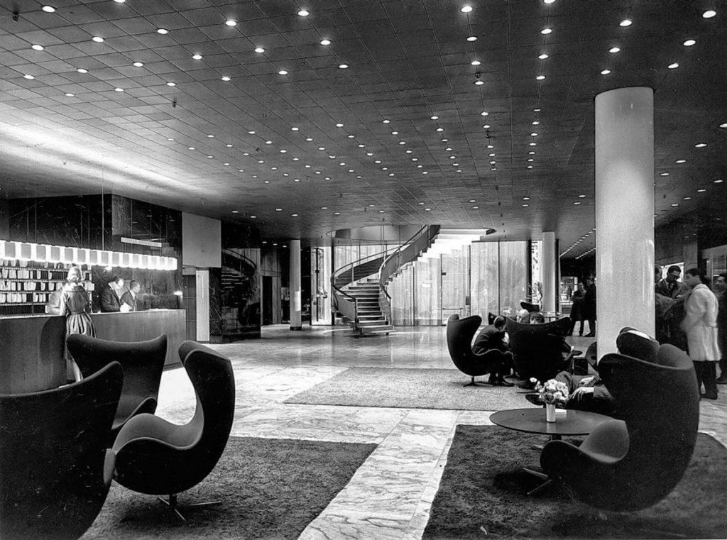 SAS Hotel Lobby, Arne Jacobsen