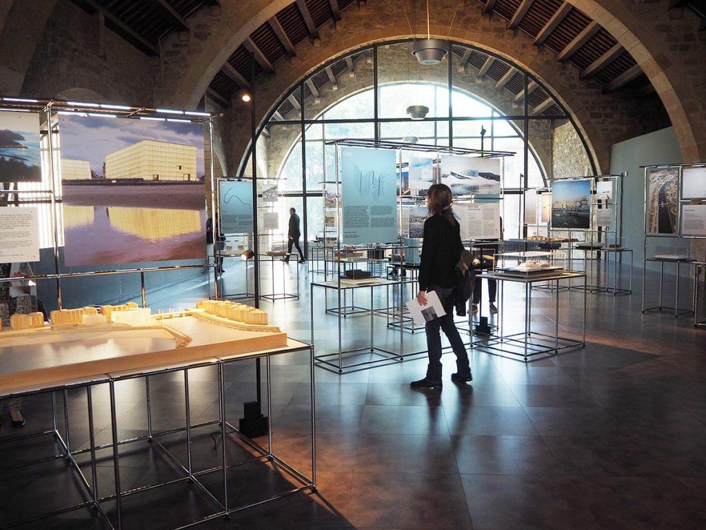 Arquitecturas en la orilla exposición