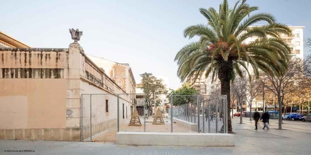 Escuela temporal Can Rosés en Barcelona vora o13