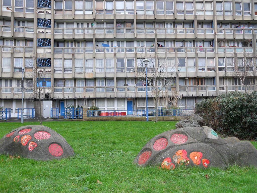 Robin Hood Gardens & Criteria for Mass Housing bRijUNi o3